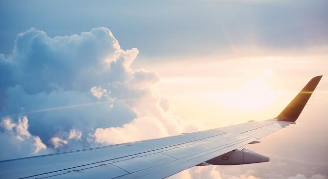 Словенската информационна агенция СТА съобщи, че авиопревозвачът Адрия Еъруейз е
