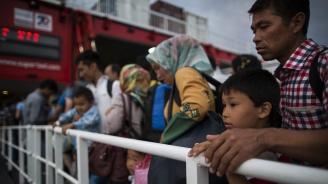 Германски кораб с имигранти влезе незаконно в италиански води