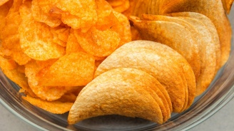 17-годишен яде само чипс и хляб, остана без зрение и слух