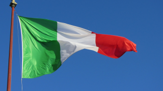 """Привържениците на """"Движение 5 звезди"""" одобриха коалицията с Демократическата партия в Италия"""