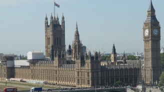 Съд отхвърли оспорване на решението на Борис Джонсън да спре работата на парламента