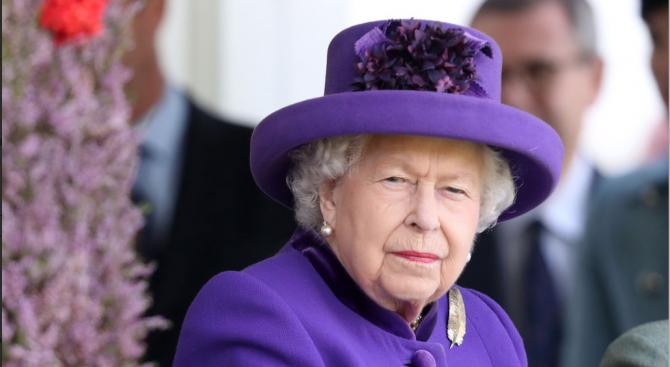 Кралица Елизабет Втора одобри законопроект за спиране на Брекзит на 31 октомври без сделка