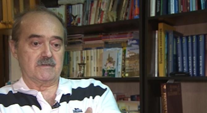 """Бившият главен редактор на вестник """"Дума"""" Юрий Борисов, който бе"""