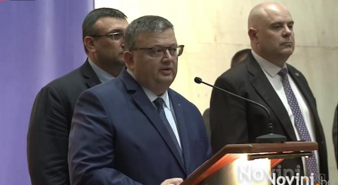 """Председателят на Национално движение """"Русофили"""" Николай Малинов е привлечен като"""