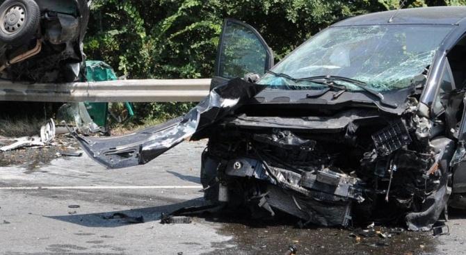 Катастрофа край Смолян, една жена е ранена