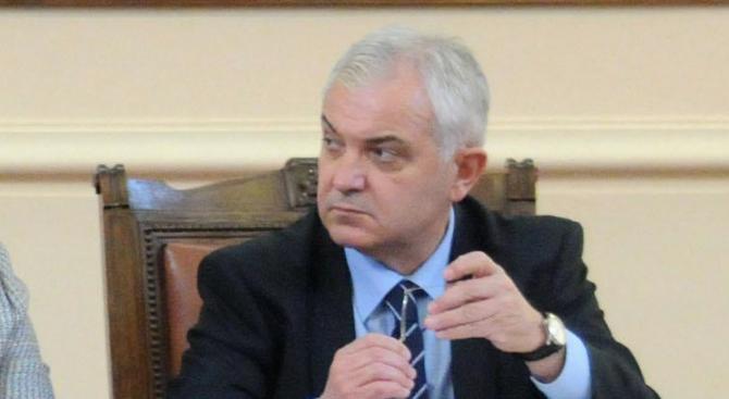Явор Нотев е освободен като зам.-председател на парламента