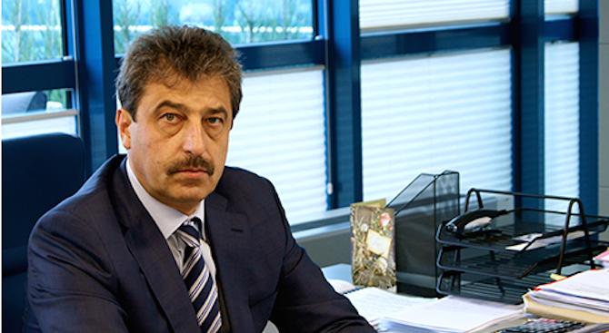 Поредната инсинуация на прокуратурата. Така коментира адвокатът на Цветан Василев