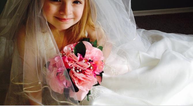 Сърбия планира да забрани браковете на малолетни с изменения и