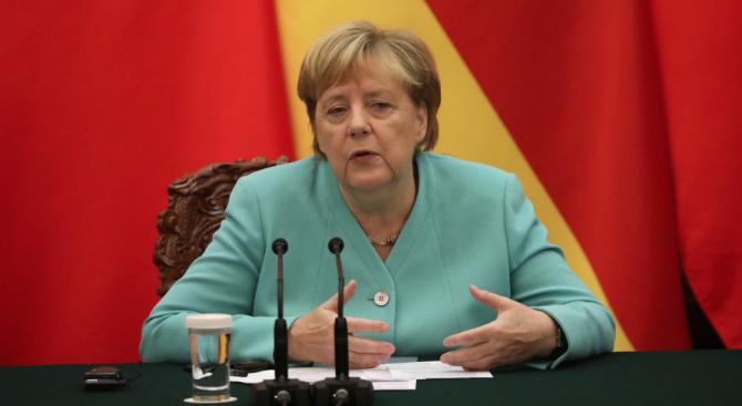 Меркел: Време е ЕС да засили вътрешните си връзки