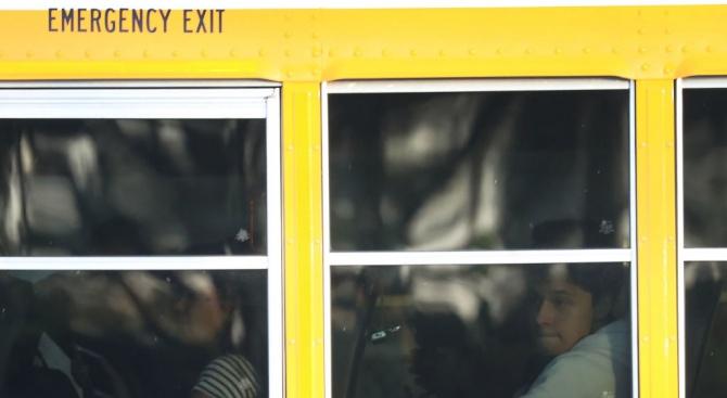 Засилени проверки на училищните автобуси
