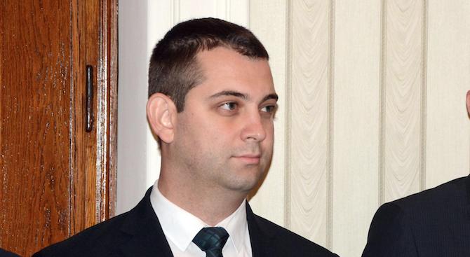 ДБГ с позиция за напускането на Найден Зеленогорски