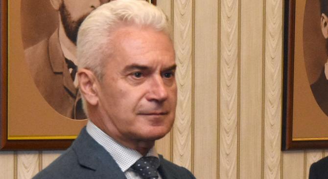 """Партия """"Атака"""" застана зад кандидатурата на Йорданка Фандъкова за кмет"""