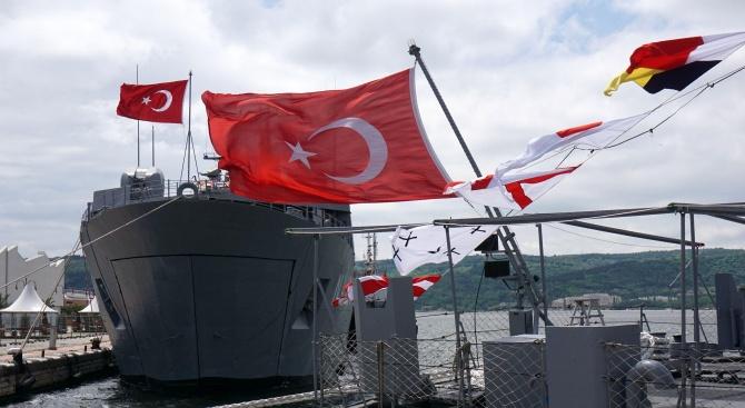 Учебен кораб на турските ВМС пристига на посещение във Варна