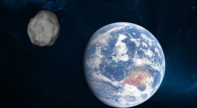 През нощта в събота срещу неделя 370-метров астероид ще мине