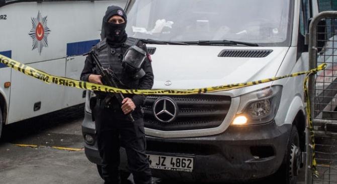 Турските власти издадоха заповеди за арести на 223-ма военни, заподозрени