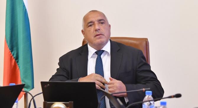 Премиерът Борисов поздрави пожарникарите за празника им