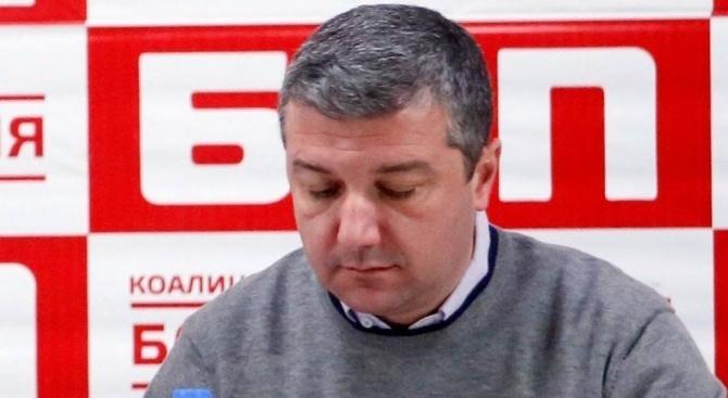 Драгомир Стойнев: Живеем в пълен хаос, защото ни управляват некомпетентни хора