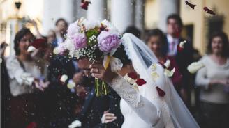 99 двойки сключиха брак едновременно в Малайзия