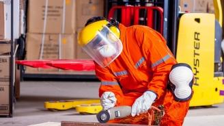 Индексът на промишленото производство през юли 2019 г. нараства с 0,8% в сравнение с юни 2019 г., отчита НСИ