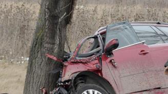 Катастрофа на пътя Варна - Белослав, двама младежи са ранени