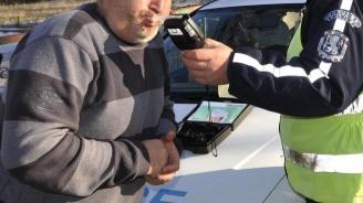 Спипаха шофьор с рекордните 3,72 промила
