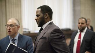Съдът в Минесота издаде заповед за задържане на Ар Кели