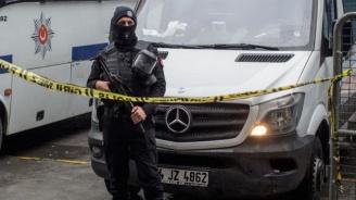 Турските власти издадоха заповеди за арести на над 200 военни, заподозрени във връзки с ФЕТО