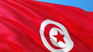 В Тунис се произвеждат предсрочни президентски избори