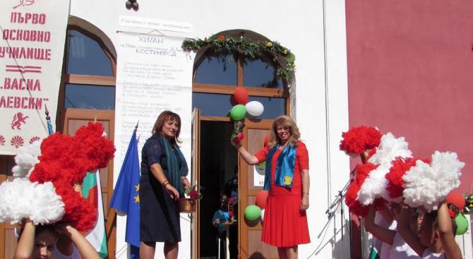 Илияна Йотова: Само грамотните и напредничавите хора ще изградят модерна България