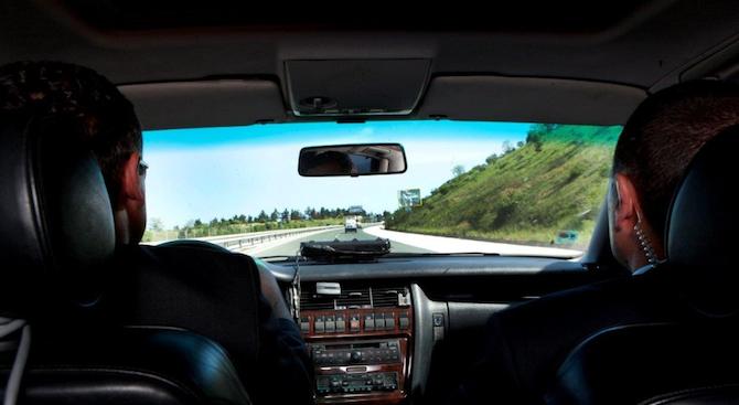Отнемане на предимство на автомобила на НСО е основната версия,