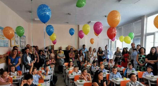 Десетки са учениците записали се в бургаски училища, след години