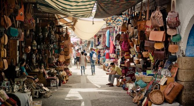 Момиче хвърли родителите си в ужас, донасяйки вкъщи ''сувенир'' от екскурзията ѝ до Мароко