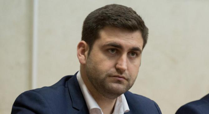 Евродепутатът от ЕНП Андрей Новаков е внесъл в Европарламента искане