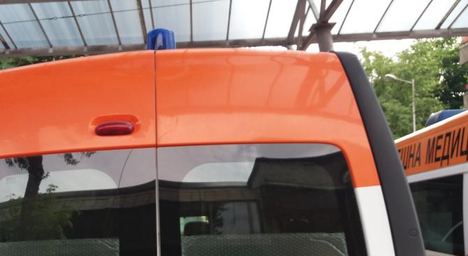 6-годишно дете е блъснато от лек автомобил в село Драганово.