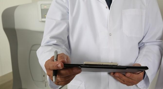 Лекари каратисти ни посрещат в кабинетите
