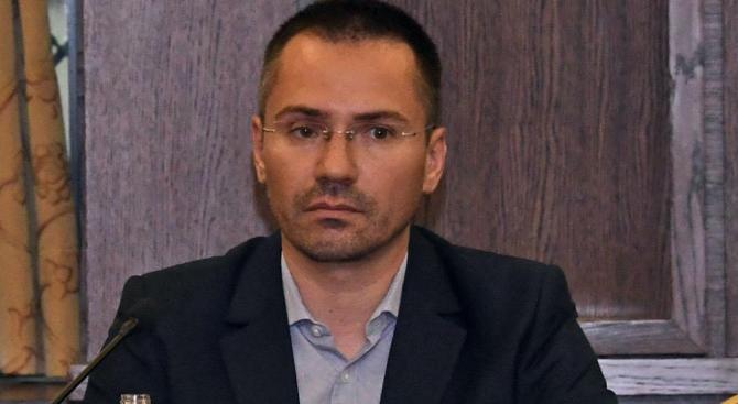 Джамбазки: За пореден път ЕП се подигра с интересите на работещите в транспорта от Източна и Централна Европа