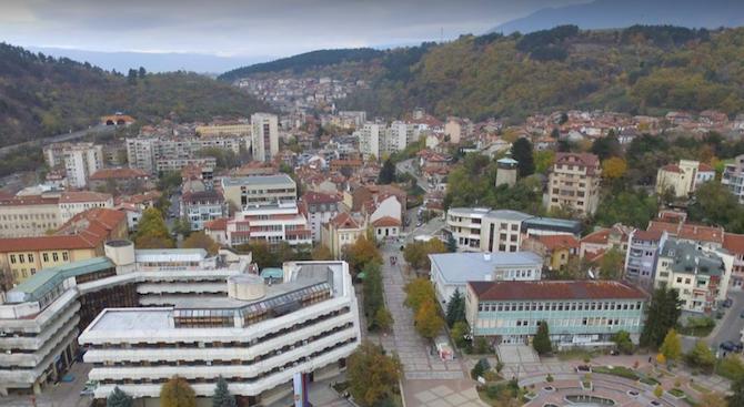 Експерти на РИОСВ-Перник са установили замърсяване на атмосферния въздух и