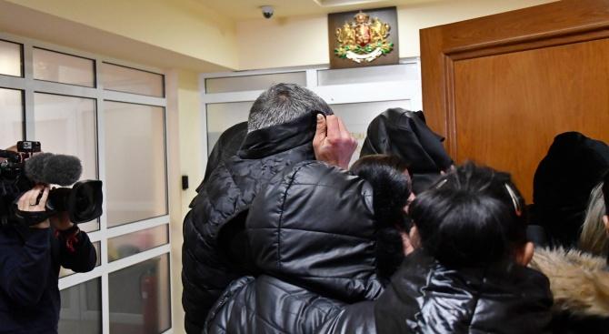 Снимка: Специализираният съд остави в ареста обвинените за трафик на жени от България към Германия и Австрия