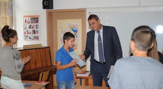На Националния празник - 6 септември, две деца от Габрово