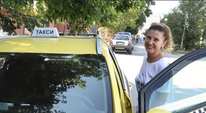 Разследващият журналистМиролюба Бенатова е станала таксиметров шофьор, след като преди