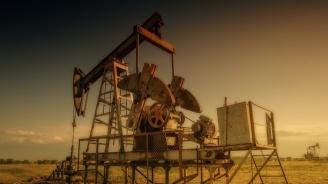 Скочи цената на петрола