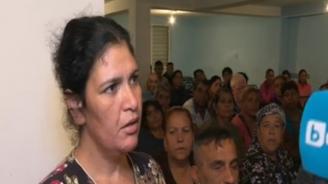 Роми от Сливен: Искаме си пастор Даниел, не е правил нищо на децата ни