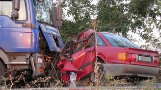 Жена загина при тежка катастрофа на пътя Русе-Бяла