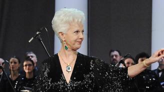 Райна Кабаиванска получава най-високото отличие на Софийската опера