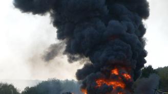 Три големи пожара през изминалата нощ в страната