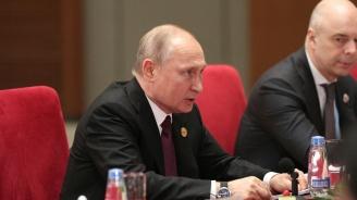 Путин и Зеленски нямат да се срещнат скоро, но Киев започва да изтегля войски от Донбас