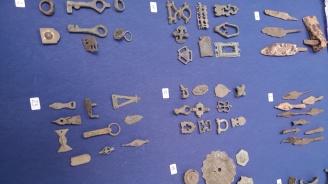 Министър Банов връща от Германия незаконно изнесени български археологически ценности