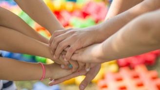 Общината в Дупница дава стипендии на даровити деца