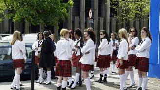 14-годишно момиче се самоуби, след като учителят я наказа заради първата ѝ менструация