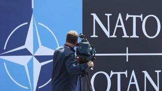 Председателят на Военния комитет на НАТО пристига в София